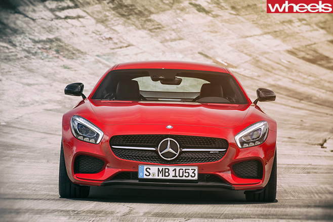 Mercedes -AMG-GT-fascia