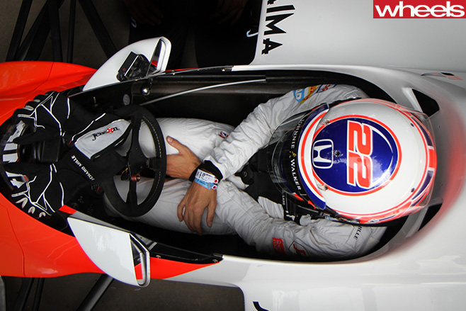 Driver -sitting -in -F1-Car -Goodwood -festival -of -speed