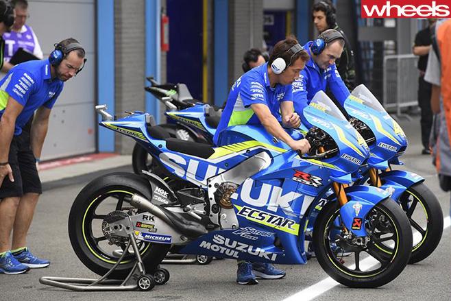 Moto GP-Suzuki -Ecstar