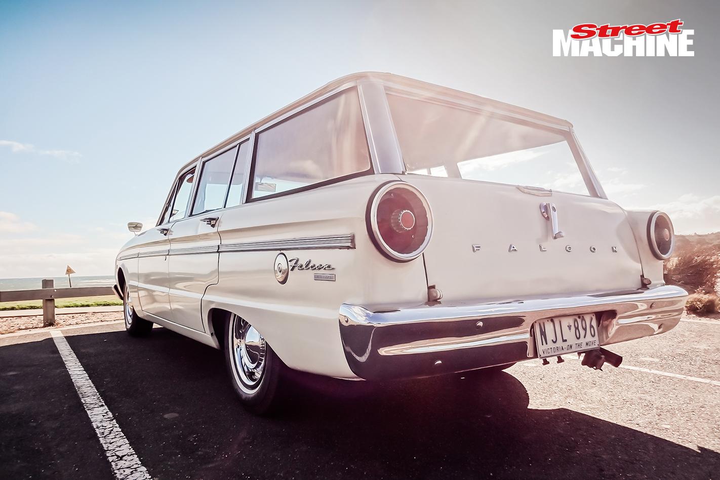 Ford Falcon XM Deluxe Wagon