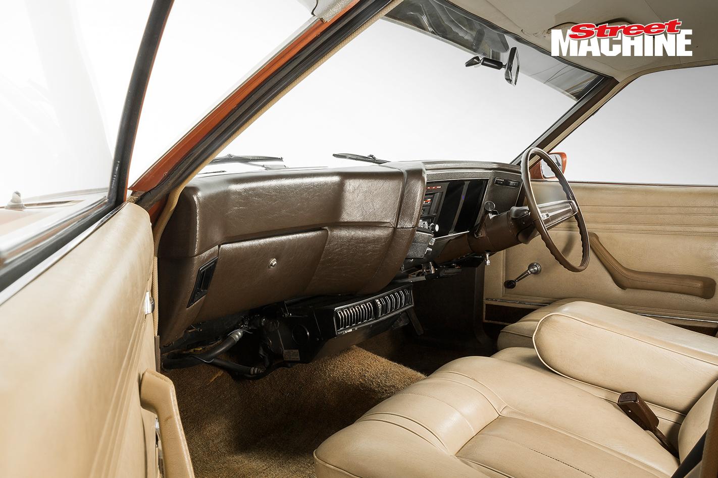 Ford XB Fairmont Interior