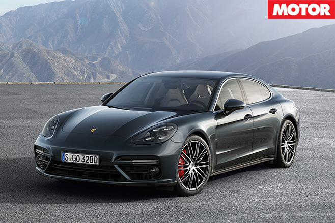 2017 Porsche Panamera front
