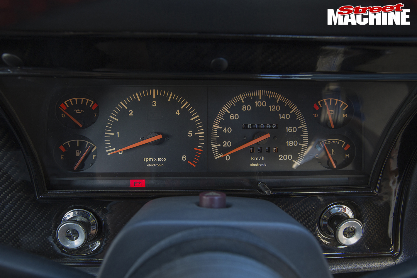 Ford -XY-Falcon -interior -gauges