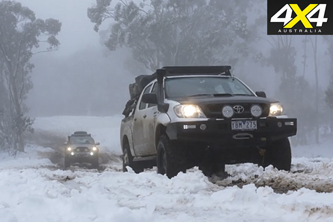Project Toyota HiLux driving with ford ranger