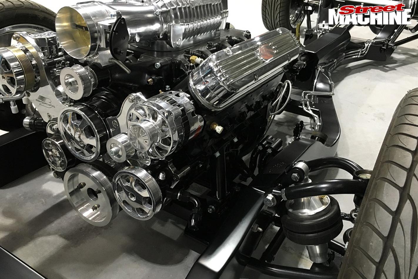 29-Pontiac -Laurentian -build -harrop -blown -lsx