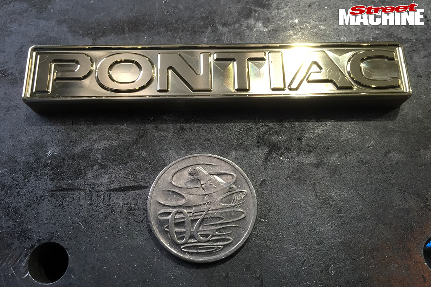 40-Pontiac -Laurentian -build -pontiac -badges