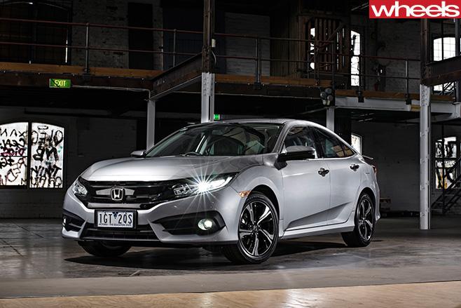 Honda -Civic -front -side
