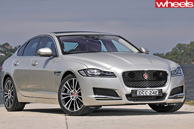 Jaguar -XF-front -side