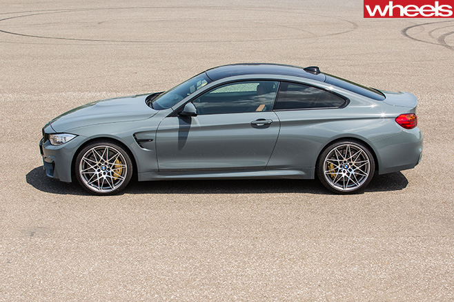 BMW-M2-side -on