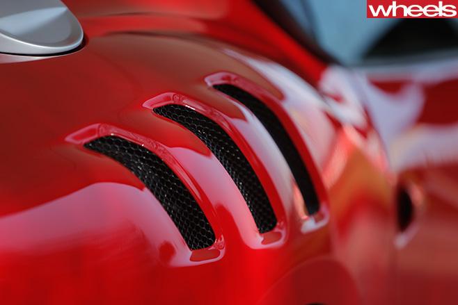 Ferrari -F12-tdf -rear -ventds