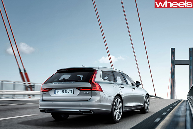 Volvo -V90-rear -driving