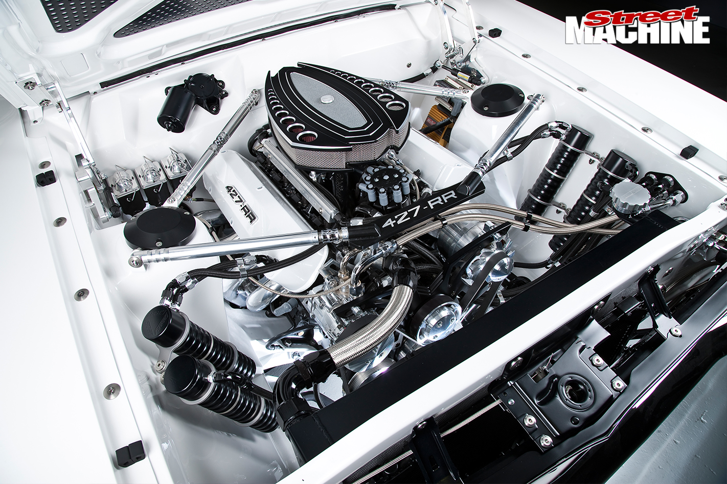 Ford -Falcon -XY-Elite -engine -bay -2