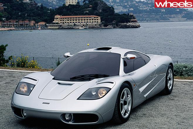 Mc Laren -F1-silver -front