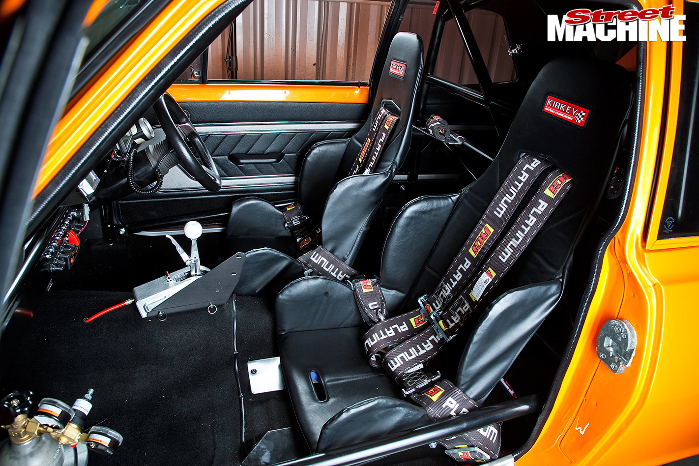 Holden -LC-Torana -interior -passenger -side