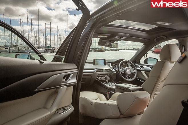 Mazda -CX-9-interior