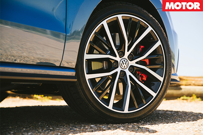 2016 Volkswagen Polo GTI wheel