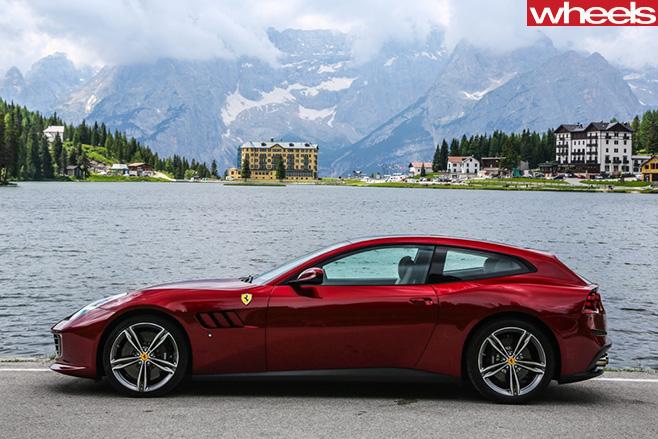 Ferrari -GTC4Lusso -side