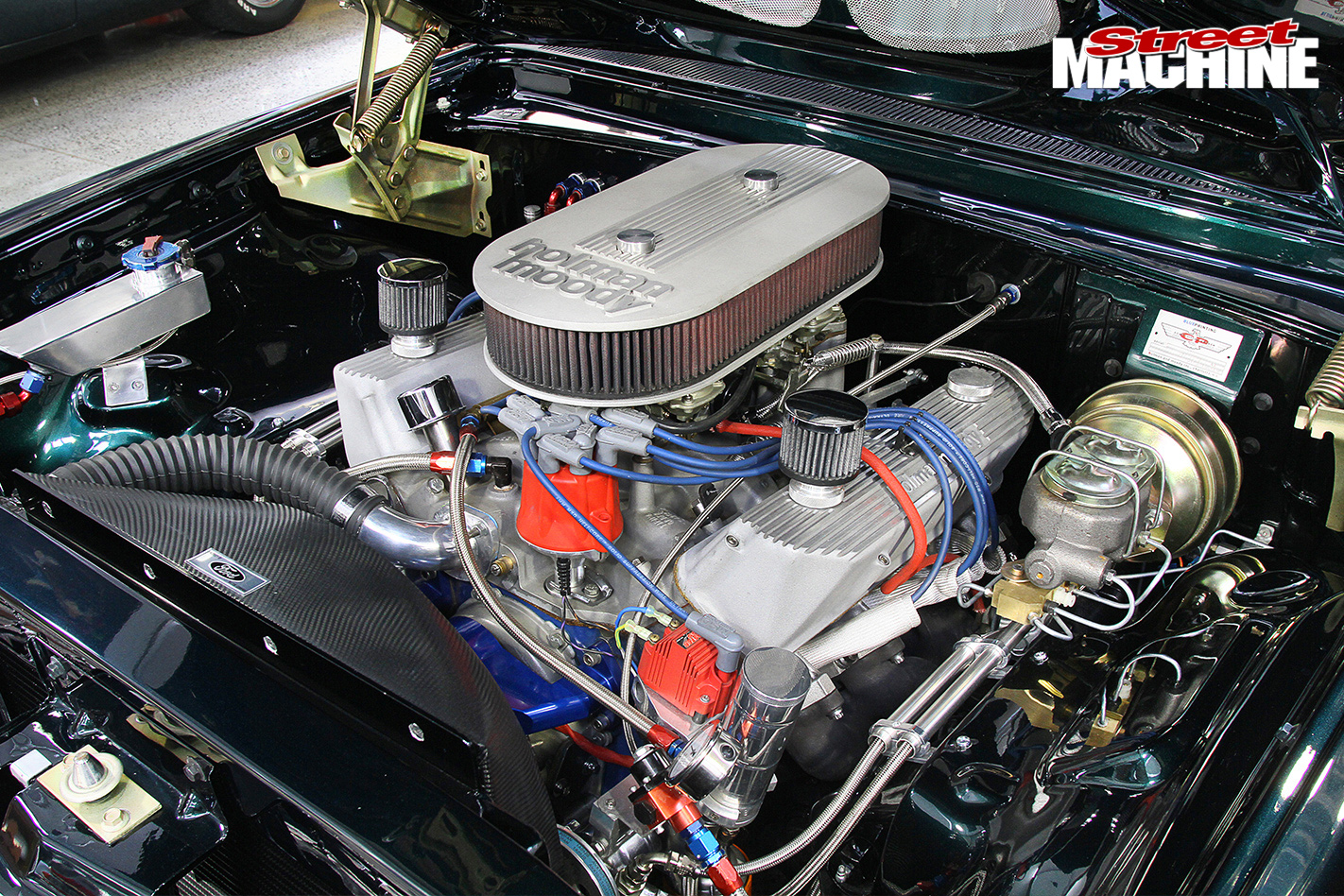 Ford -Galaxie -engine -bay