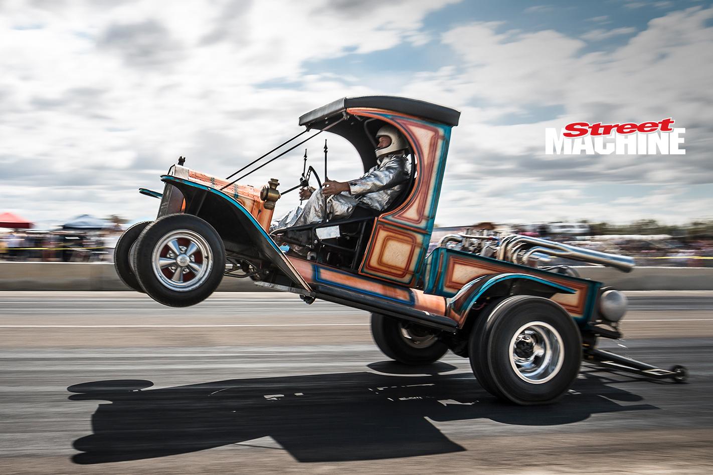Wheelstanding Hotrod