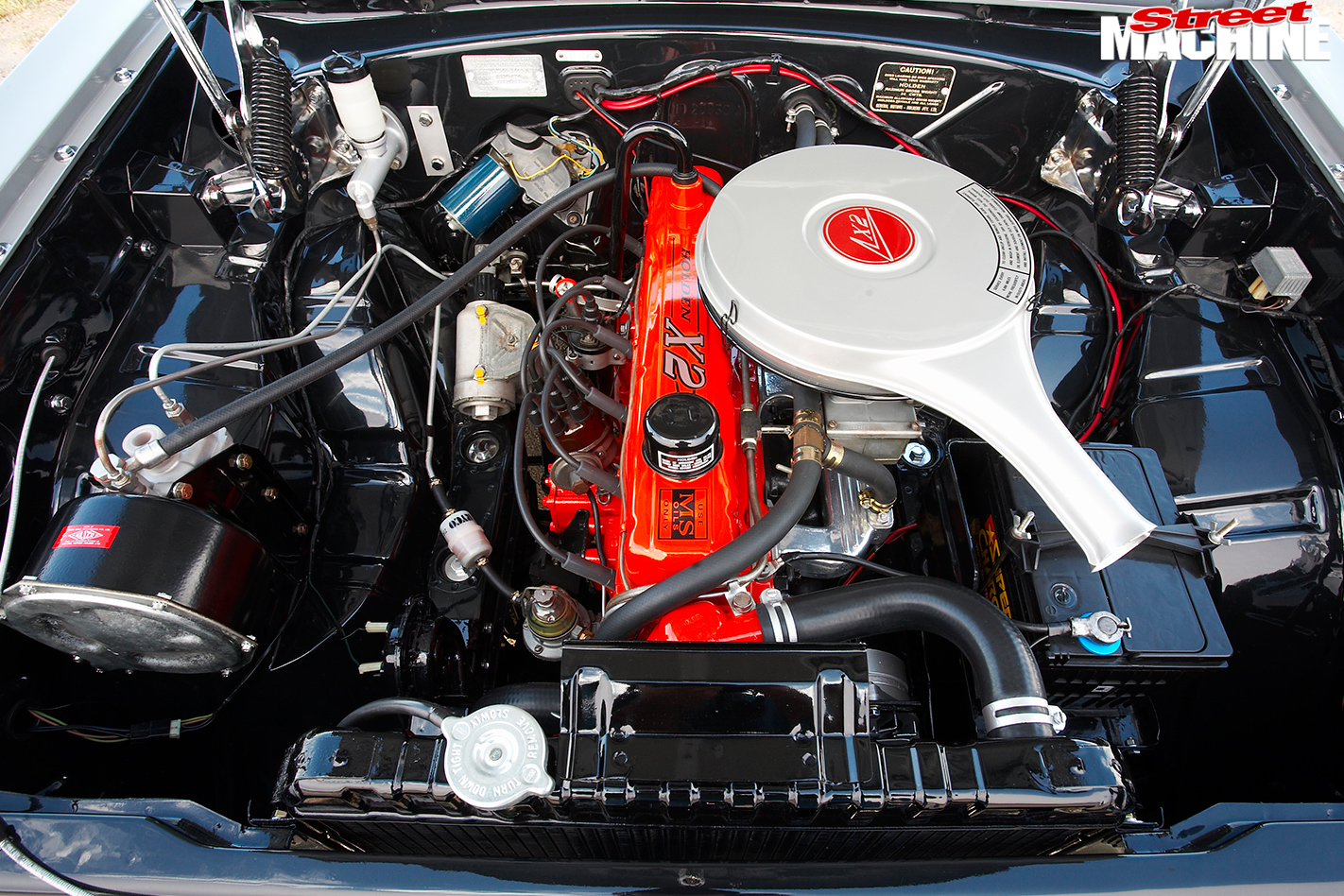 Holden -HD-van -engine -2