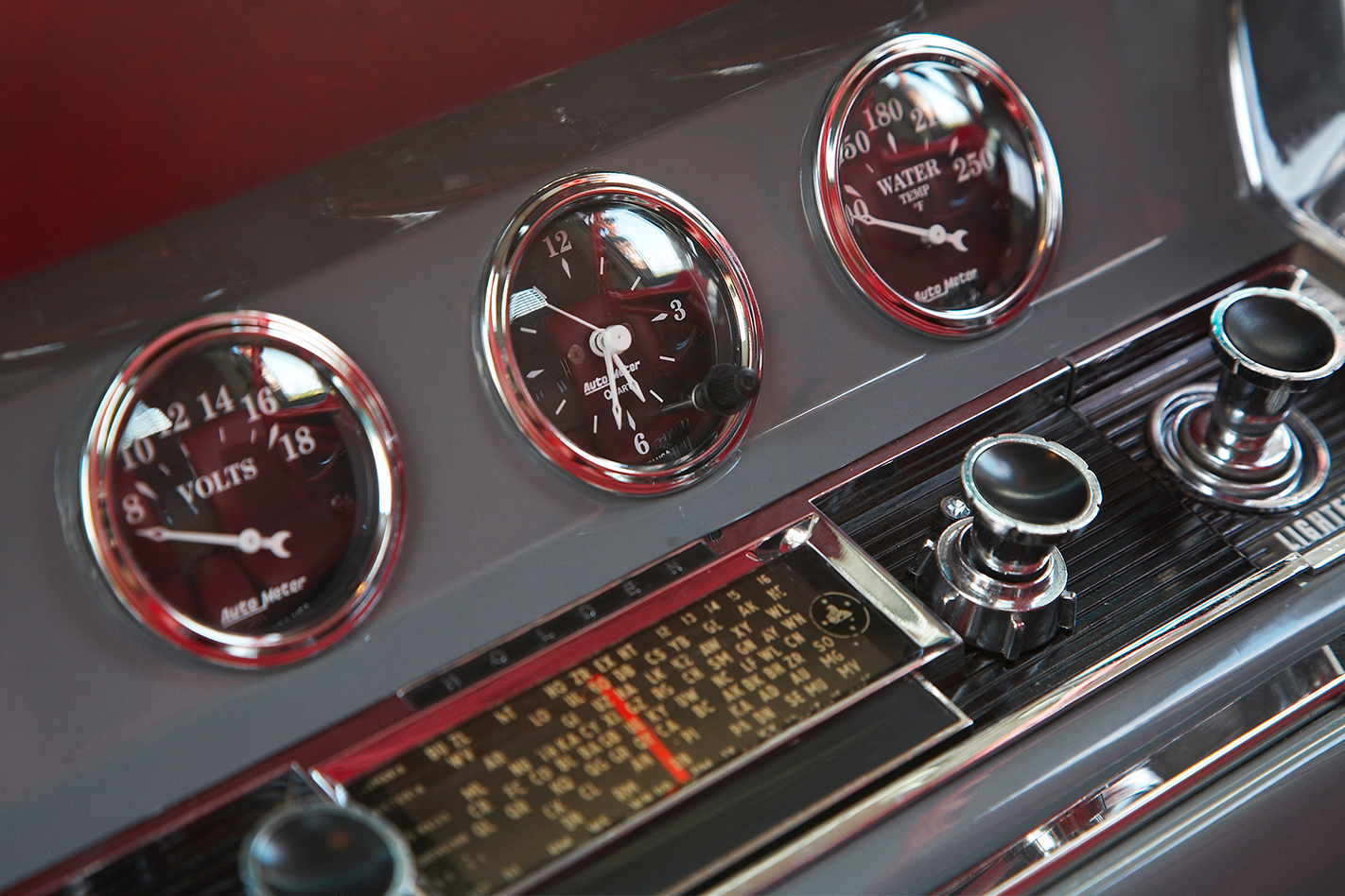 Holden -HD-van -interior -gauges