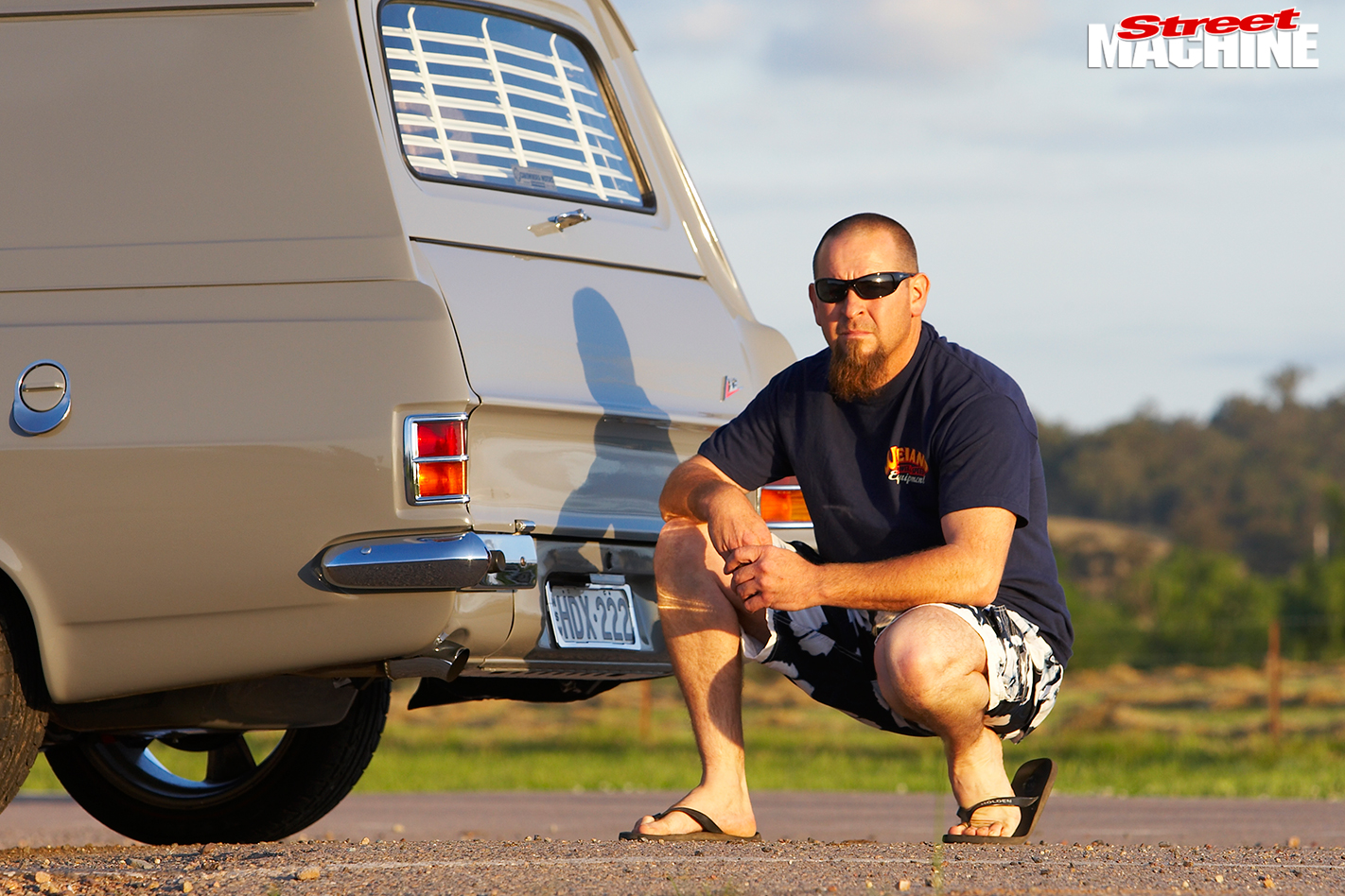 Holden -HD-van -Ian -Saxby