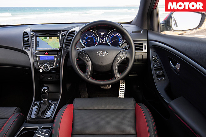 Hyundai i30 SR interior