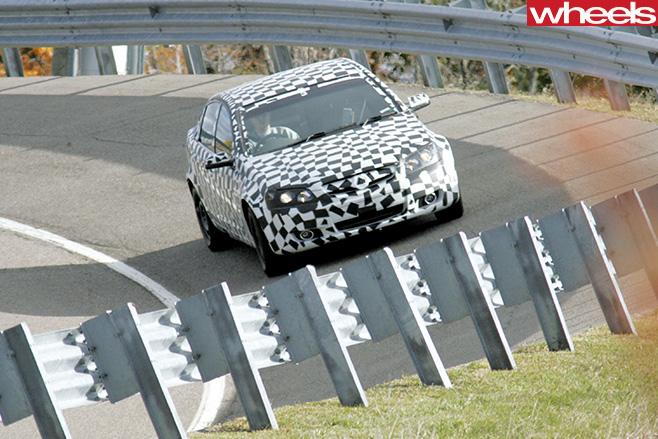 Holden -VE-Commodore -front -spy -pic