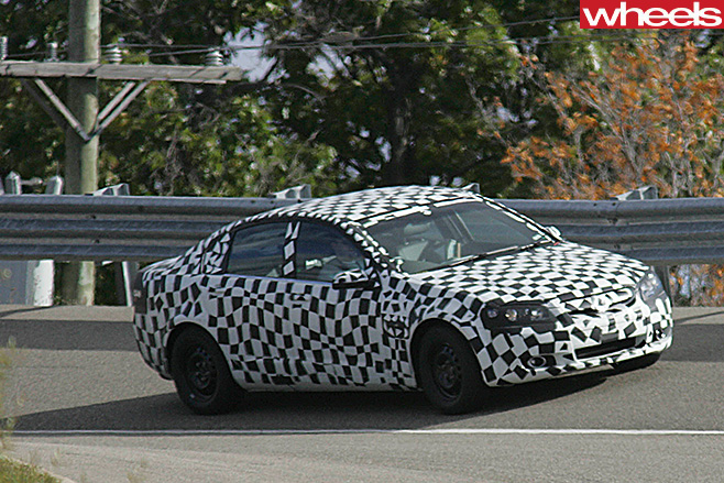 Holden -VE-Commodore -side -spy -pic