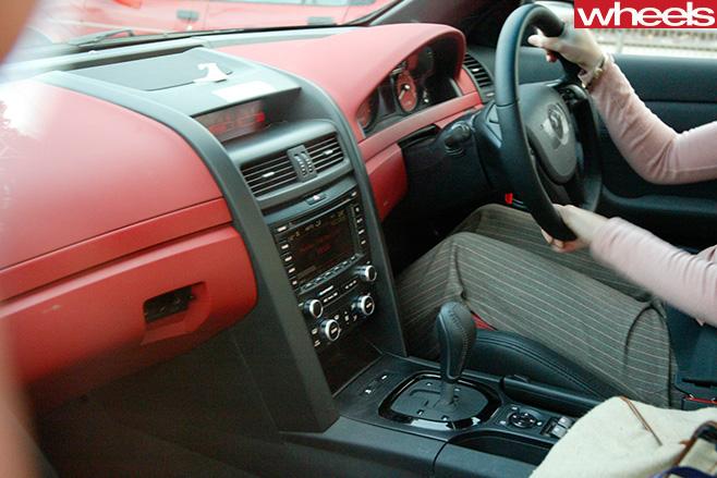 Holden -VE-Commodore -interior