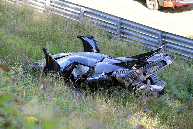 658_doors _Koenigsegg -One 1-Crash -004