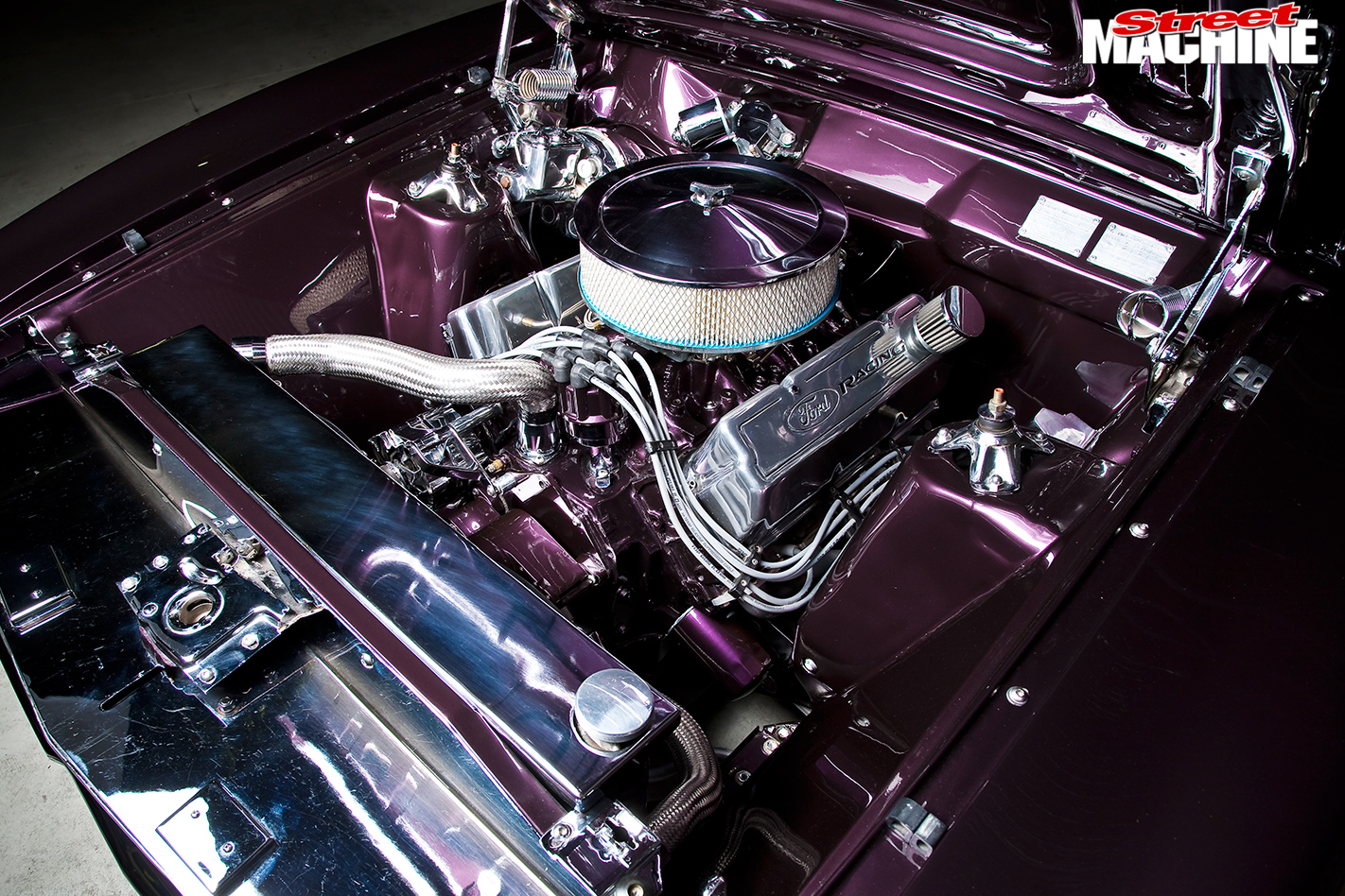 Ford -Falcon -XB-engine -bay