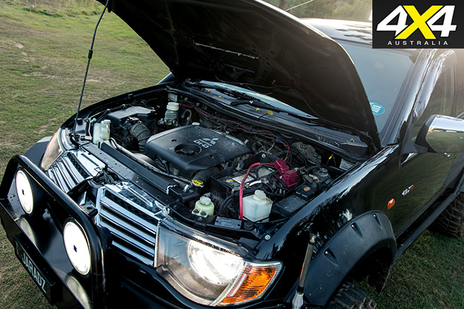 Custom Mitsubishi Triton 3.2L engine