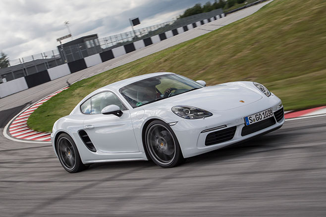 658_Porsche -718-Cayman -first -drive -review -dynamic