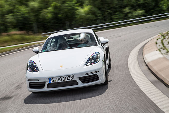 658_Porsche -718-Cayman -first -drive -review _front