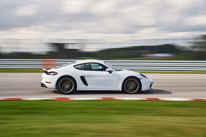 658_Porsche -718-Cayman -first -drive -review _side