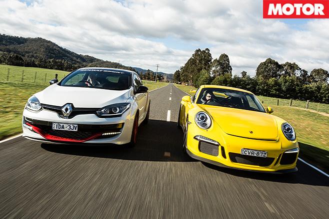 Renault megane vs porsche 911
