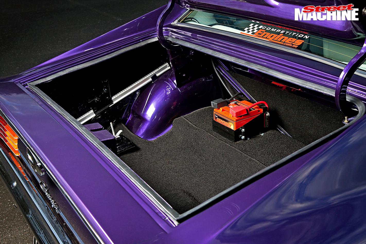 Chrysler -vk -valiant -charger -boot