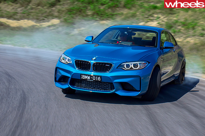 BMW-M2-drifting -front -side