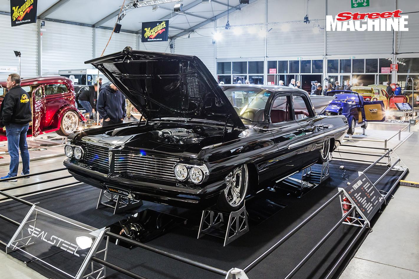 Pontiac Laurentine Custom Show