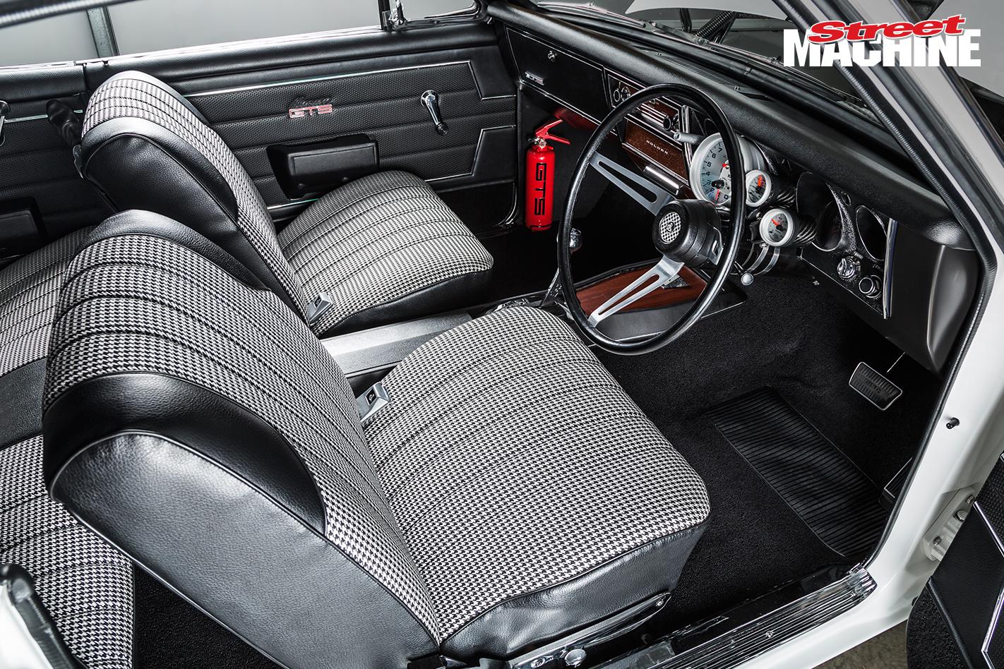 Holden HT Monaro GTS 10