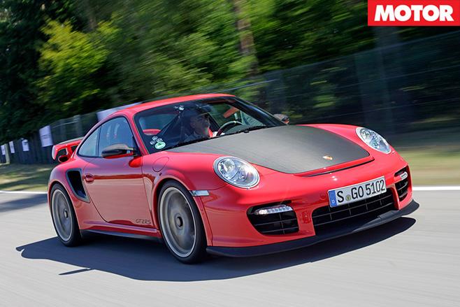 Porsche 997.2 GT2 RS driving