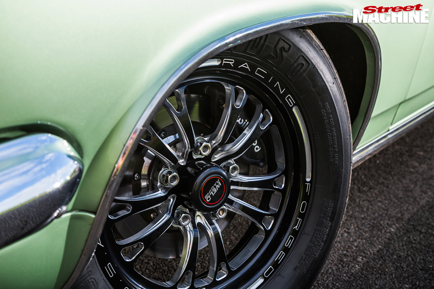 Holden -HR-wheel