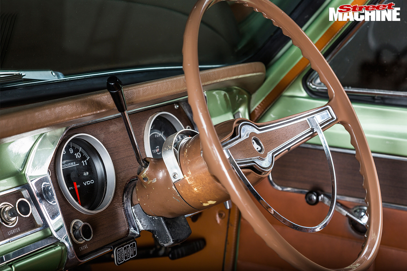 Holden -HR-steering -wheel