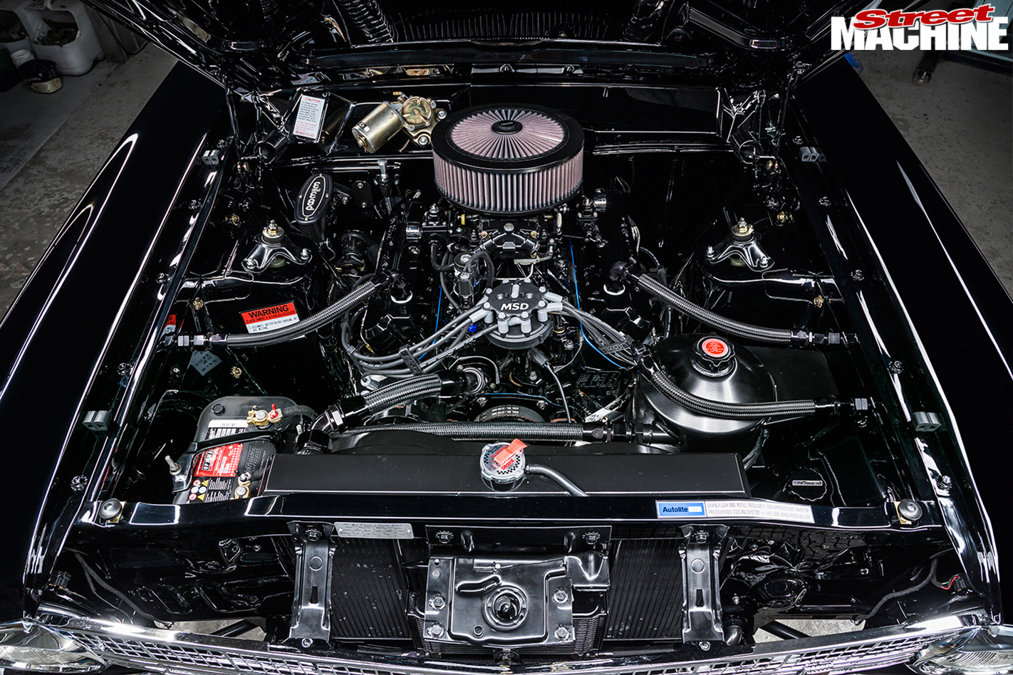Ford -Falcon -XR-engine -bay