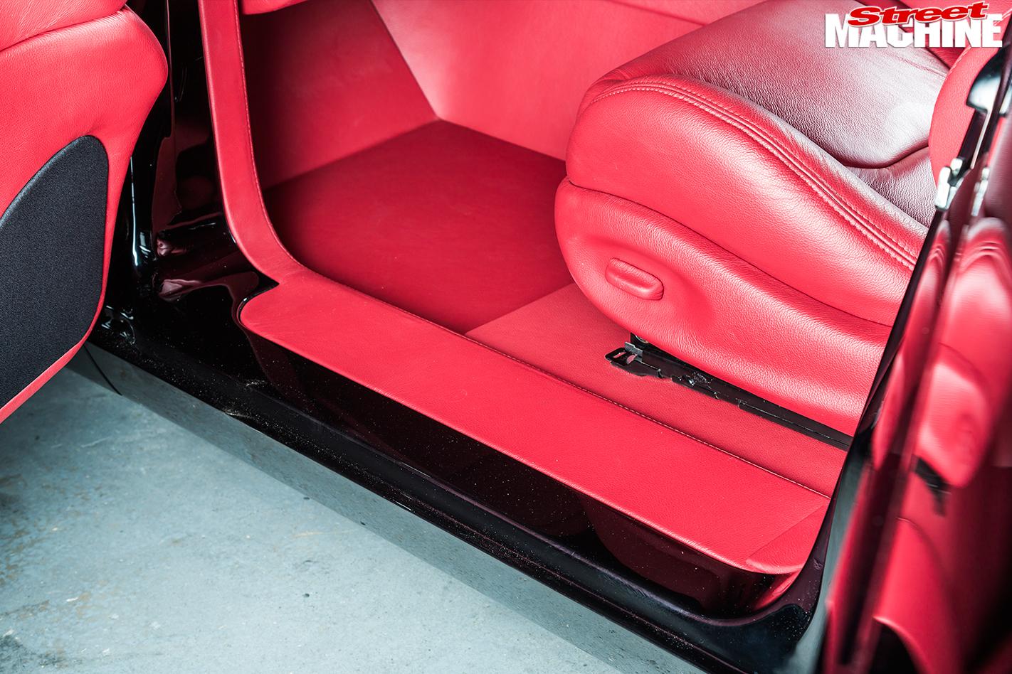 Pontiac -Laurentian -interior -seat