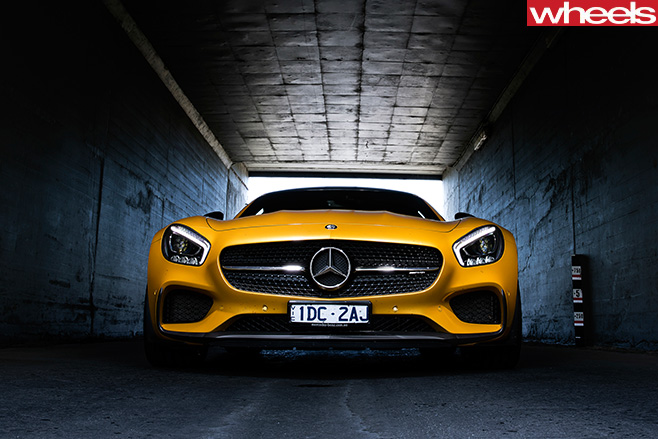Mercedes -AMG-GT-grille