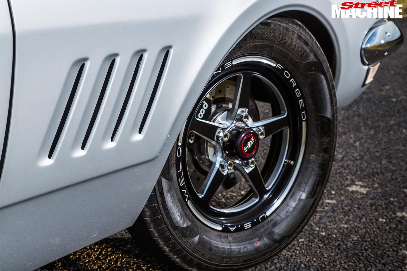 Holden -HG-Monaro -wheel -front