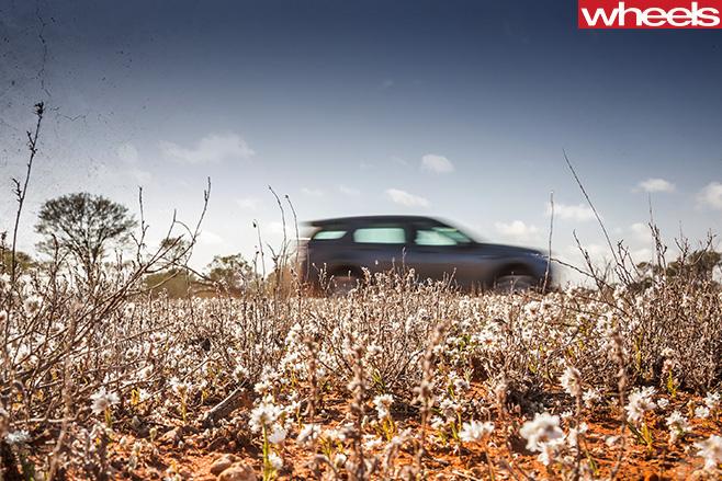 Land -Rover -Discovery -Sport -Maralinga -SA