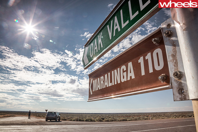 Maralinga -Oak -Valley -sign
